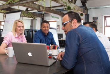Coworking, la scelta giusta per freelancer e aziende