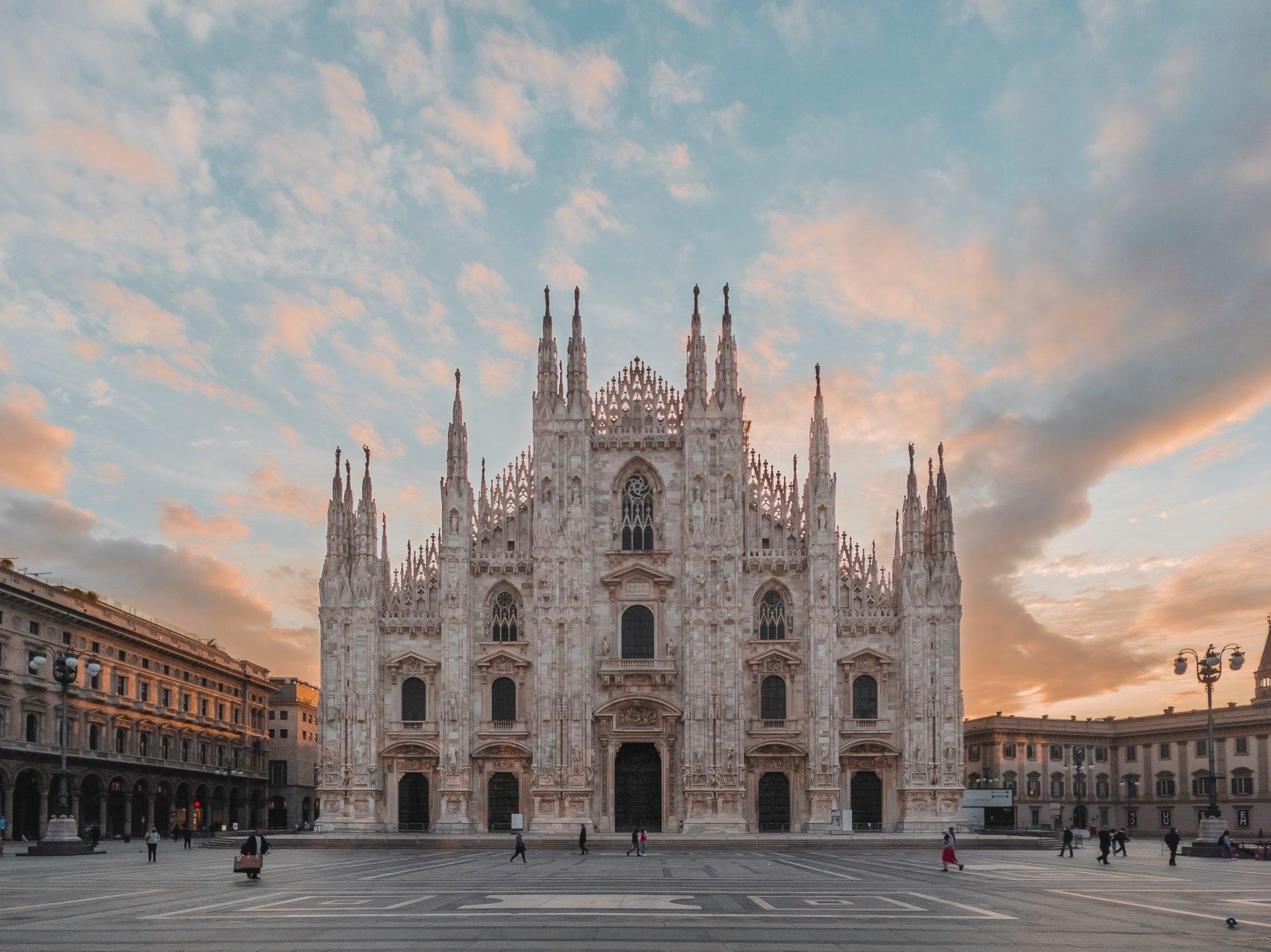 Duomo Milano alba